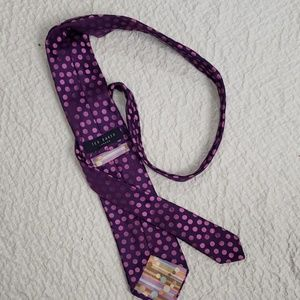 TED BAKER purple Polk a dot tie
